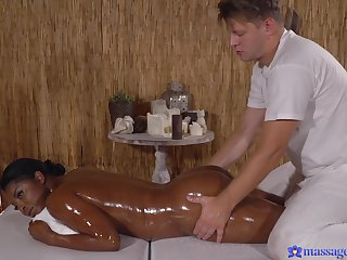 Chunky black chick wants to try interracal sex with a masseur