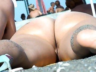 Mature Nude Beach Voyeur Milf Amateur Close Up Pussy