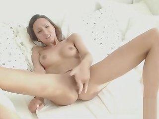 Watch A Girl Cum Real