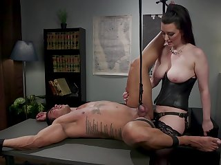 Dominant beauty ass fucks obedient male