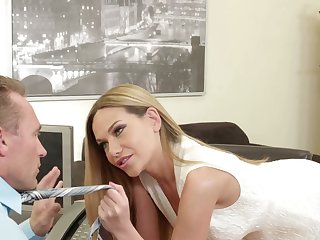 Appealing Russian beauty Subil Arch is into giving a super good blowjob