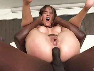 Screaming beauty gets the BBC up the ass in hardcore