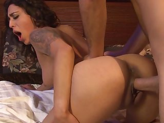 Babe's wet pussy is so tight that the guy can barely penetrate it