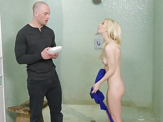 Hot masseuse gives her client a full treatment and that girl loves sex