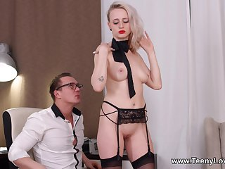 Office slut gets laid with the new boss for a big raise