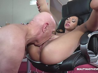Asian beauty sure loves the old man's wood in her cunt