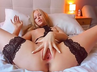 Molly P In Mp Anal Artist #5