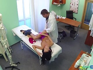 Gorgeous Patient Needs Doctor's Man-Cream For Her Sensitive Skin